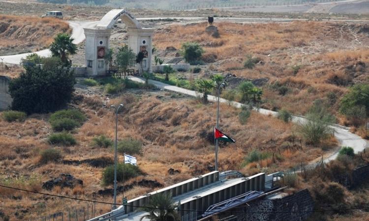 Jordan thu hồi đất cho Israel thuê - ảnh 1