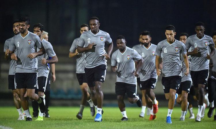 ÔngHassan Suhail cho biết tuyển UAE tập luyện rất tốt tại Thái Lan, đã sẵn sàng cho trận đấu với Việt Nam.