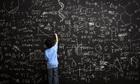 Học sinh Việt phí hoài 12 năm phổ thông vì phải giải toán quá nhiều