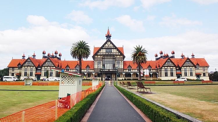 Bảo tàng Rotorua, một trong những biểu tượng của thành phố Rotorua, New Zealand. Ảnh: Stefanienatascha
