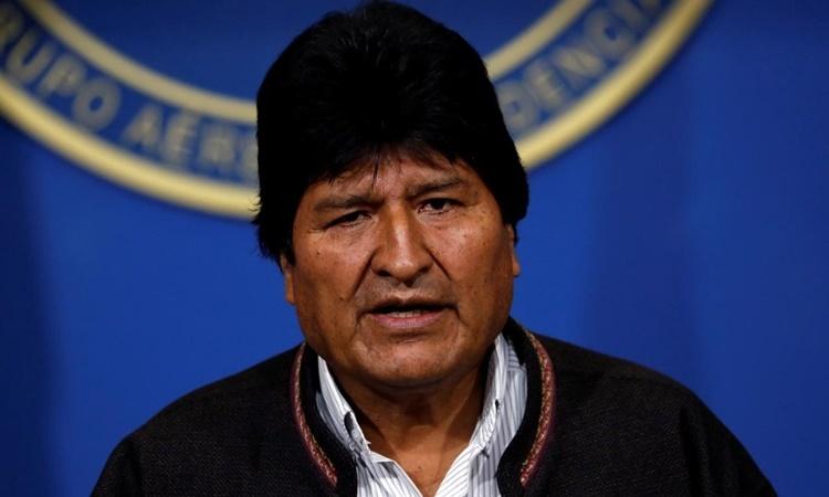 Tổng thống Bolivia Evo Morales tại một cuộc họp báo ở thành phố El Alto ngày 10/11. Ảnh: Reuters.