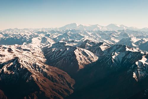 Dãy núi nào dài nhất thế giới? - ảnh 1