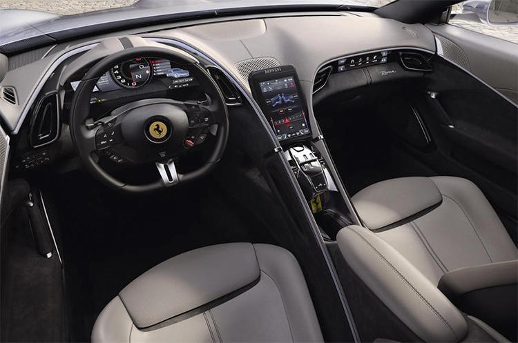 Nội thất phong cách mới, bảng điều khiển trung tâm với màn hình cảm ứng đặt dọc.