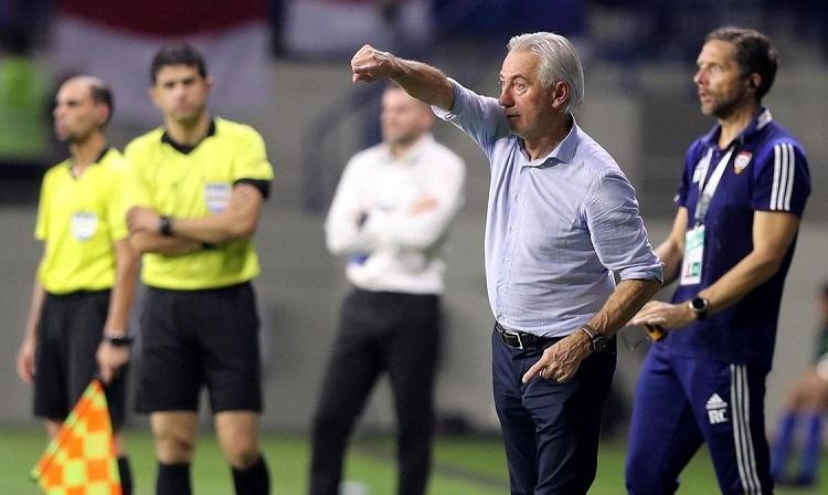 Van Marwijk nổi tiếng là một HLV ưa thích lối chơi thực dụng. Ảnh: UAEFA.