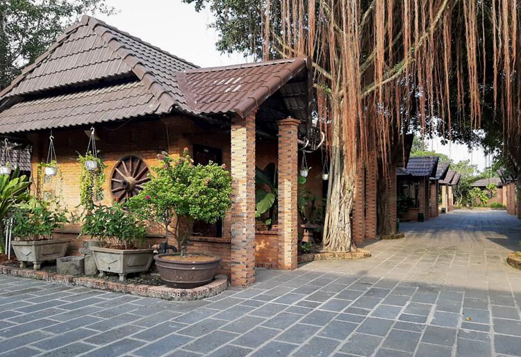Resort hơn 7.000 m2 xây không phép - ảnh 1