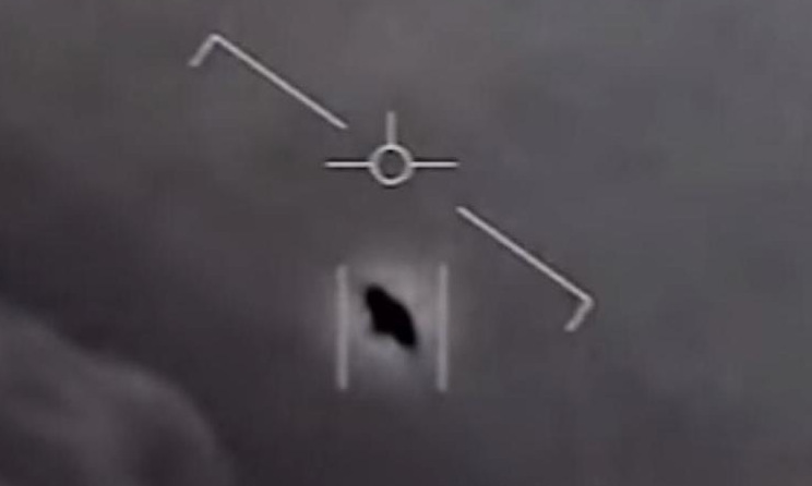 Lính hải quân Mỹ kể về lần ''chạm mặt'' UFO -
