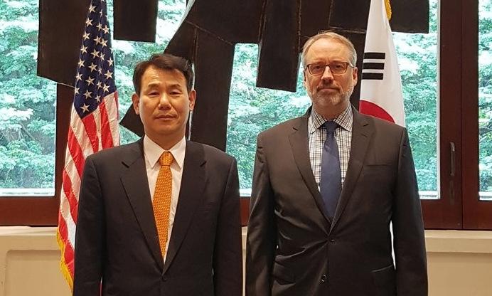 Mỹ - Hàn nối lại đàm phán phí bảo vệ - ảnh 1