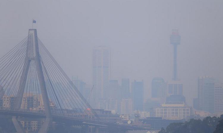 Khói cháy rừng bao trùm Sydney