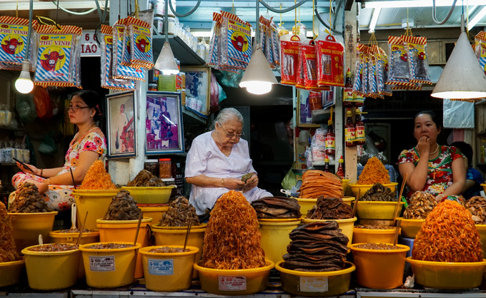 Chợ đặc sản mắm vùng biên giới miền Tây