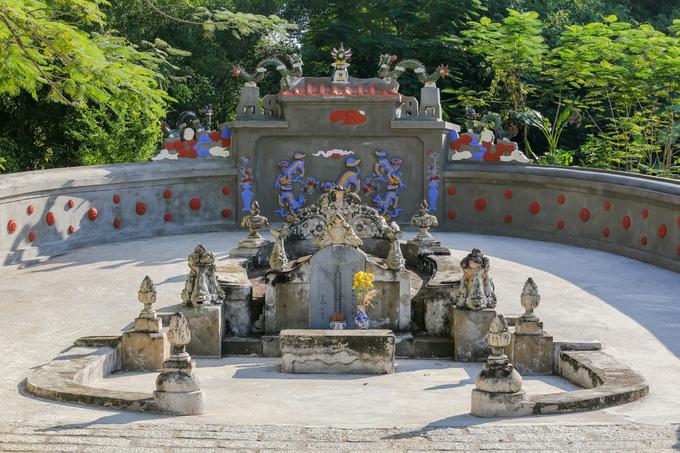 Lăng mộ của ông ngoại vua Tự Đức ở miền Tây