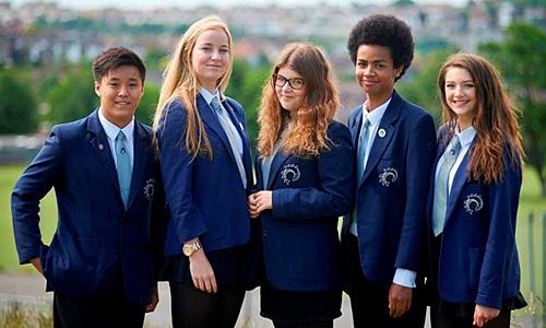 Nộp hồ sơ vào các trường phổ thông tại Victoria năm 2020