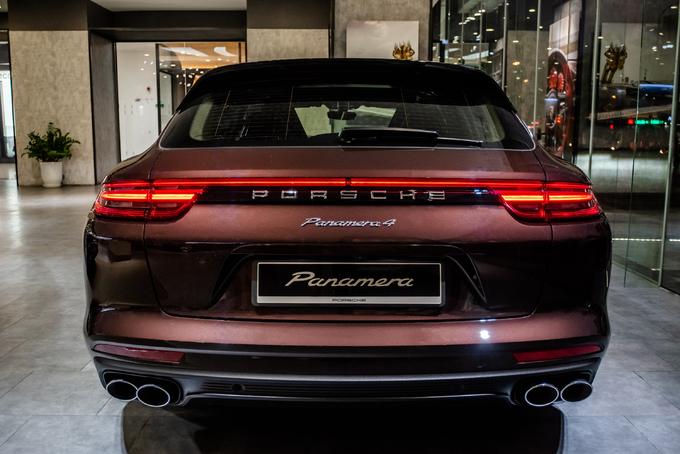 Porsche Panamera 4 Sport Turismo – wagon giá từ 4,85 tỷ