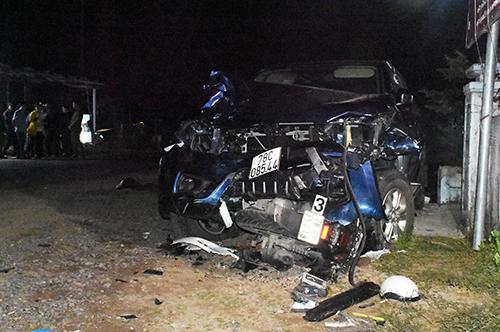 Hiện trường ôtô bán tải tông nhiều xe ở Phú Yên, khiến bốn người chết. Ảnh: An Phước.