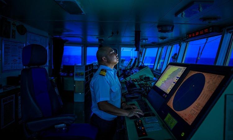 Những thủy thủ tàu viễn dương bật khóc trên biển - ảnh 2