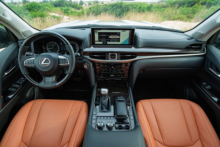 Chat sang tren bo doi SUV co lon cua Lexus
