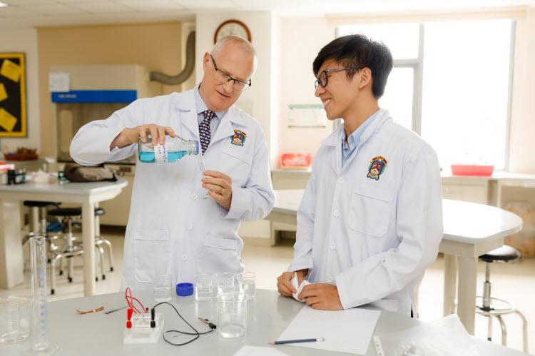 Đội ngũ giảng dạy chuyên môn cao, nhiệt tình tại BVIS.