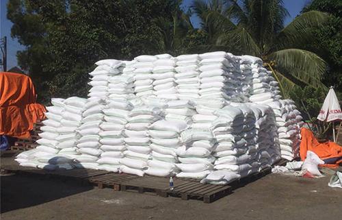 Đường dây buôn lậu 1.000 tấn đường từ Campuchia - ảnh 2
