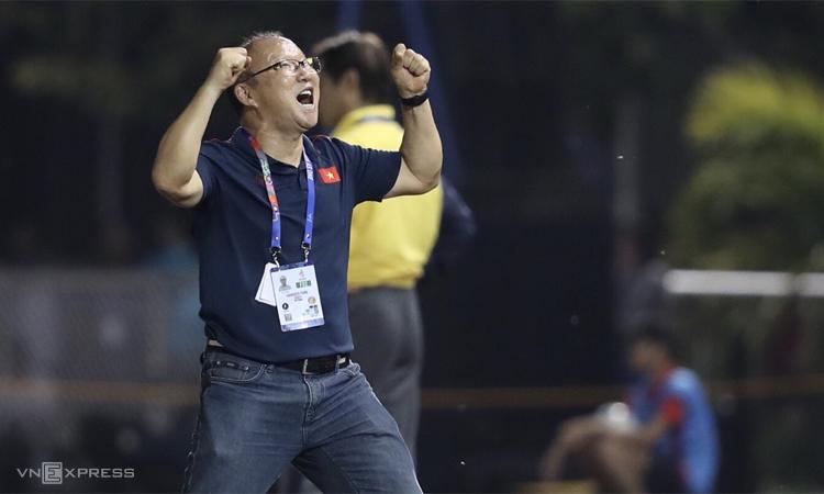 HLV Park: 'Việt Nam vượt qua trận khó nhất từ đầu SEA Games'