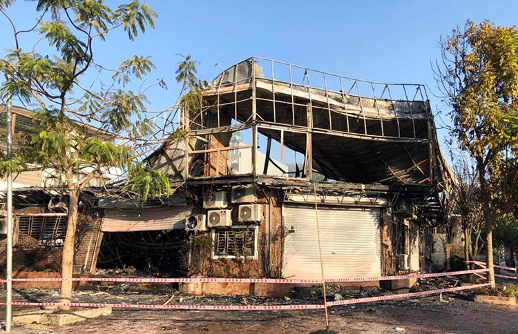 4 người chết trong vụ cháy nhà hàng - ảnh 1