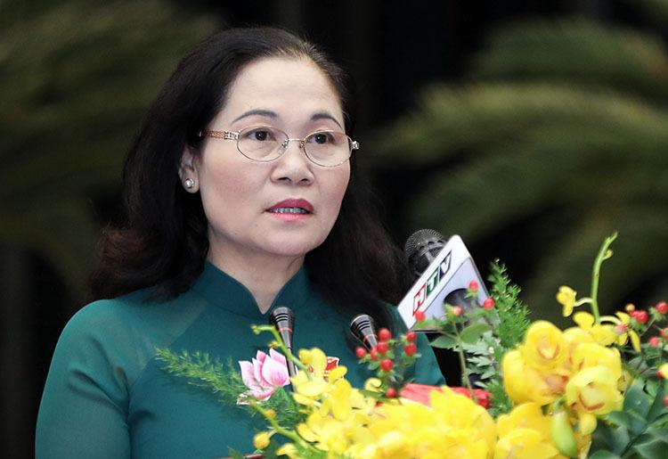 Chủ tịch HĐND TP HCM Nguyễn Thị Lệ phát biểu khai mạc kỳ họp. Ảnh: Quỳnh Trần