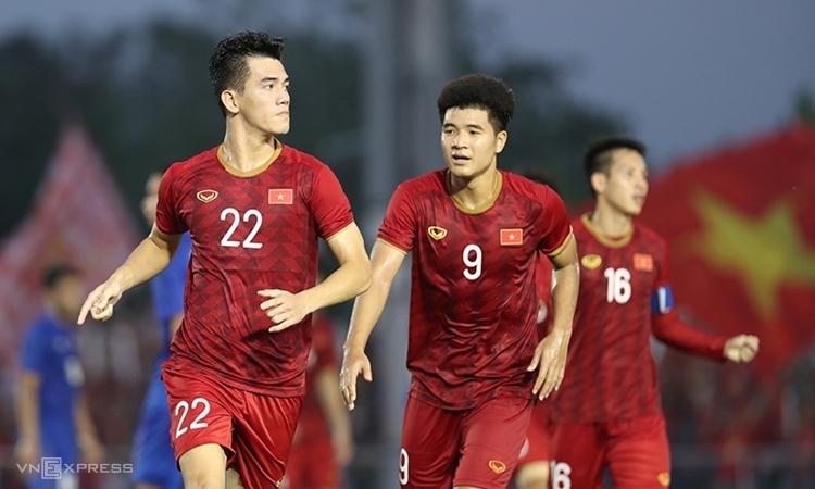 Tiến Linh (số 22) và Đức Chinh (số 9), mỗi người đã có 5 bàn ở SEA Games 30. Ảnh: Đức Đồng.