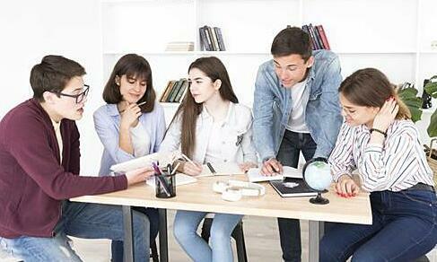 Hội thảo hướng dẫn xin học bổng, visa du học 2020