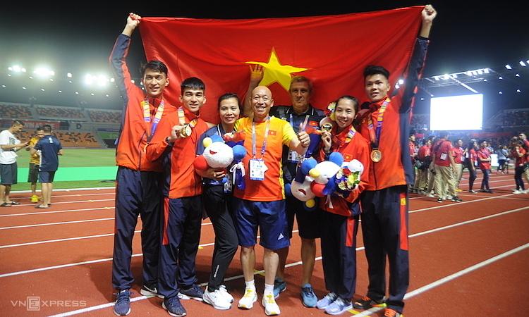 Tuyển điền kinh kết thúc SEA Games với 16 HC vàng. Ảnh: Quang Huy.