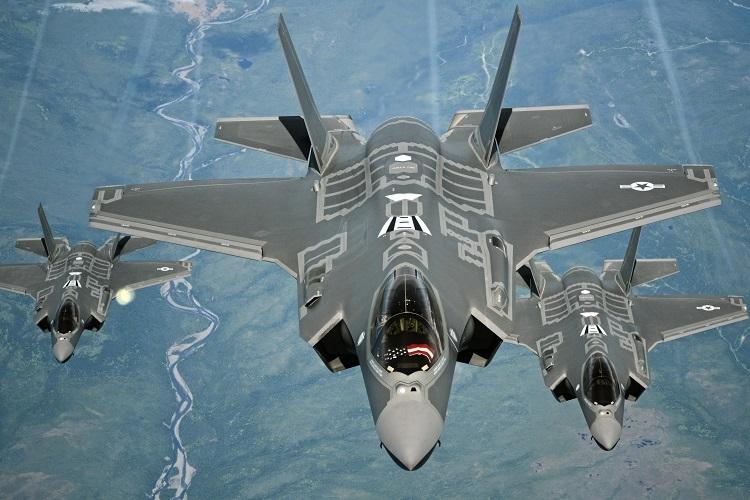 Máy bay quân sự Mỹ nhiều gấp 4 lần Trung Quốc - ảnh 1