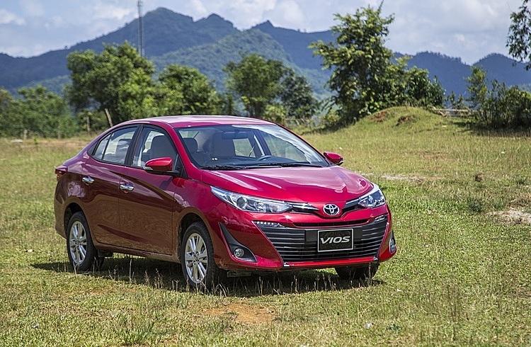 Doanh số trái chiều của xe Toyota tại Việt Nam