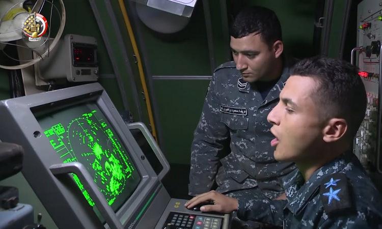 Màn hình hiển thị hiện đại trên chiếc 849. Ảnh: Bộ Quốc phòng Ai Cập.