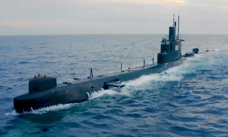 Tàu ngầm Type-033 số hiêu 849 trong cuộc diễn tập. Ảnh: Bộ Quốc phòng Ai Cập.