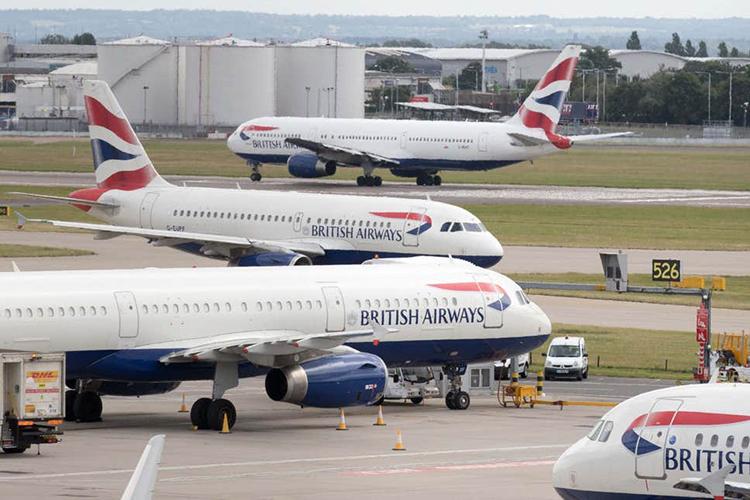 Các máy bay của hãng hàng không Anh British Airways tại sân bay Heathrow, London. Ảnh: PA