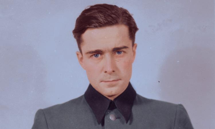 Joachim Peiper trước phiên tòa xử tội ác chiến tranh năm 1946. Ảnh: Reddit.