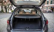 Mercedes GLC 300 2020 nhap khau gia 256 ty