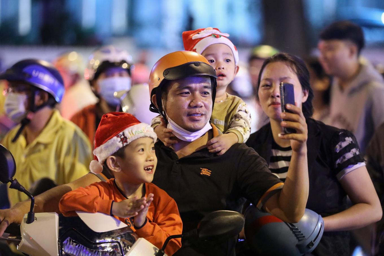 Người Hà Nội, Sài Gòn đón Giáng sinh