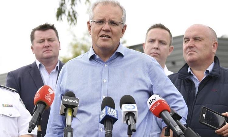 Thủ tướng Australia Morrison trả lờitại buổihọp báo chiều 23/12 ở bang New South Wales. Ảnh: AP.