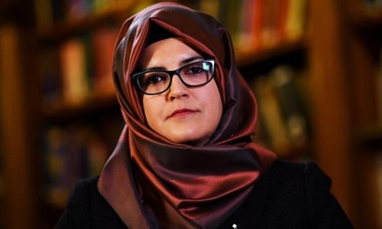 Hatice Cengiz trong một cuộc phỏng vấn ở London, Anh hồi tháng 10/2018. Ảnh: Reuters.