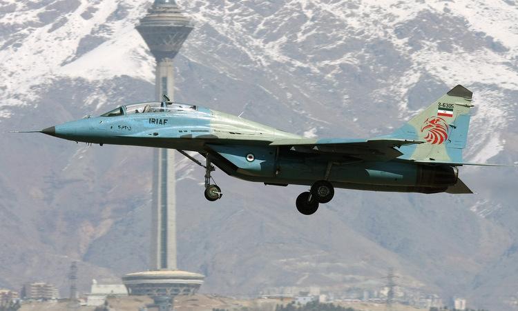 Tiêm kích MiG-29UB Iran bay huấn luyện hồi năm 2012. Ảnh: Wikimedia Commons.