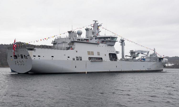 Tàu HNMoS Maud trong lễ biên chế ngày 21/5. Ảnh: Bộ Quốc phòng Na Uy.