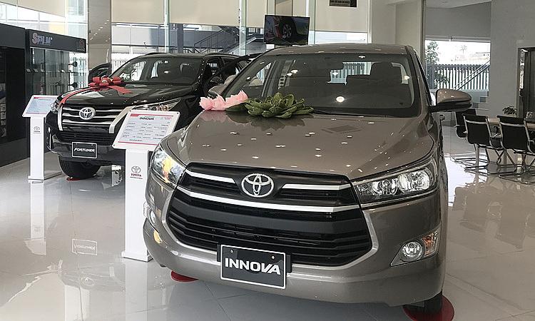 Toyota Innova giam gia 100 trieu truoc suc ep cua Xpander
