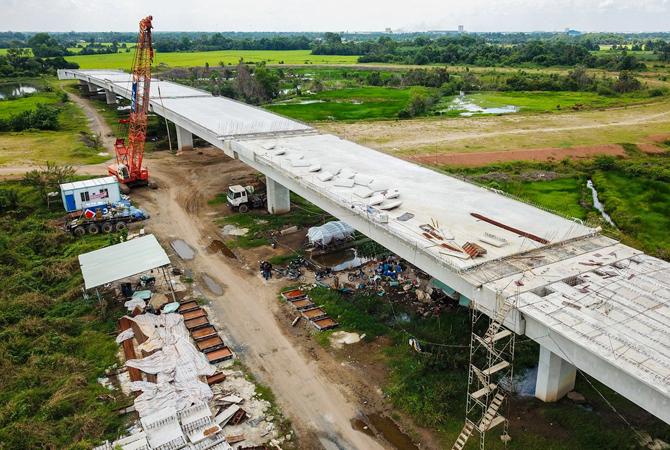 Cao tốc Mỹ Thuận - Cần Thơ sẽ kết nối với cao tốc Trung Lương - Mỹ Thuận đang xây dựng. Ảnh: Quỳnh Trần.