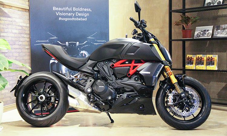 Ducati Diavel 1260 mới giới thiệu tại TP HCM. Ảnh: Thành Nhạn.