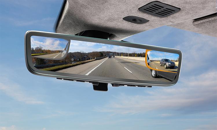 Gương hậu với công nghệ giám sát camera mới do Aston Martin và Gentex phát triển. Ảnh: Gentex.
