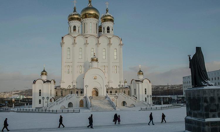 Nhà thờ Holy Trinity ở trung tâm thành phố Magadan. Ảnh: NY Times.