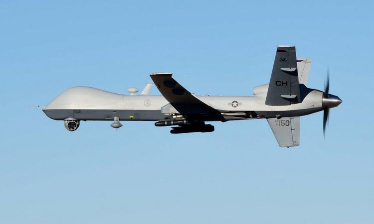 Một chiếc Reaper bay huấn luyện gần căn cứ Creech hồi tháng 7. Ảnh: USAF.