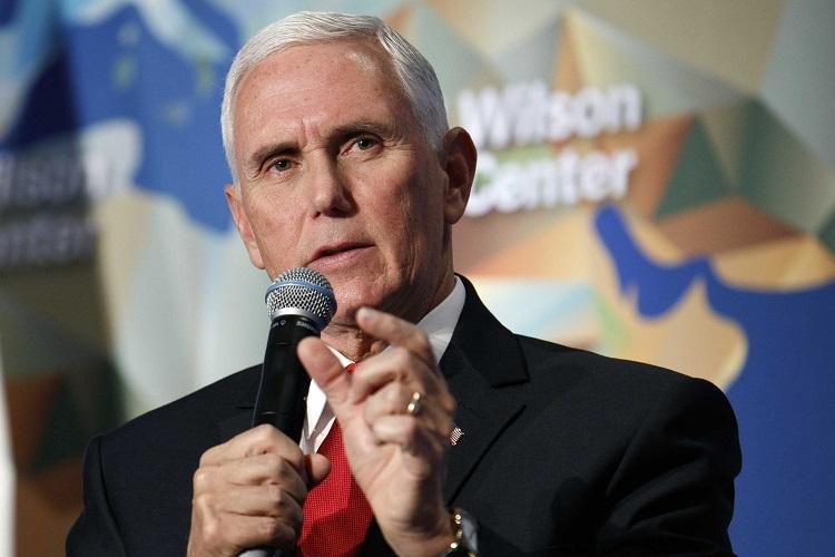 Phó Tổng thống Mike Pence phát biểu trong lễ khánh thành Trung tâm Wilson ở Washington hồi tháng 10/2019. Ảnh: AP.