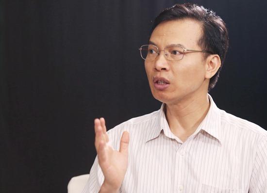 TS Trần Hữu Minh trong buổi phỏng vấn trực tuyến với VnExpress hồi tháng 5/2019. Ảnh: Gia Chính