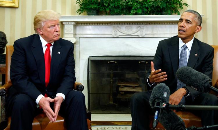 Tổng thống Mỹ Donald Trump và người tiền nhiệm Barack Obama tại Nhà Trắng hồi tháng 11/2016. Ảnh: Reuters.
