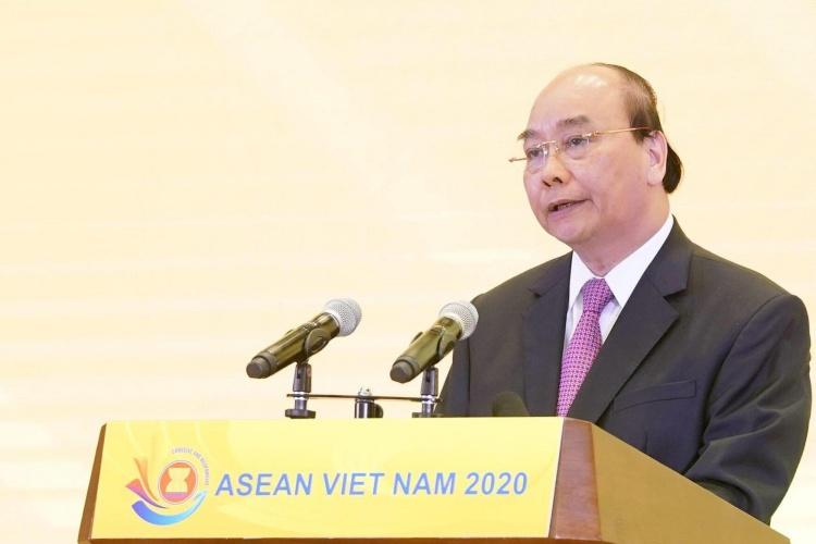 Thủ tướng Nguyễn Xuân Phúc phát biểu tại Lễ Khởi động năm Chủ tịch ASEAN của Việt Nam hôm nay tại Hà Nội. Ảnh: Hà Trung.