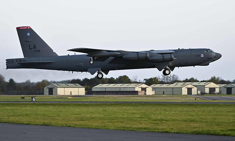 Oanh tạc cơ B-52H cất cánh tại căn cứ không quân Barksdale, Louisiana tháng 10/2019. Ảnh: USAF.